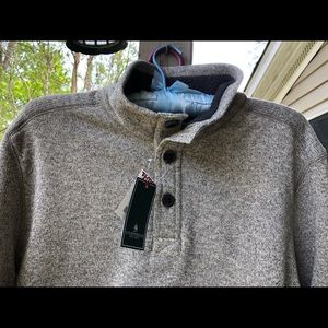 G H Bass sweater large nwt